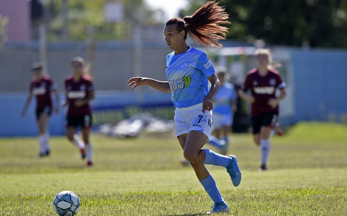 Argentine transgender footballer Mara Gomez of Villa San Carlos controls the ball during an Argentina first division female football match against Lanus at Genacio Salice stadium in Berisso, Buenos Aires, Argentina on December 7, 2020. Gomez is the first transgender footballer to play in the first division of the Argentine female league. Picture: AFP