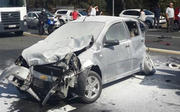 Several cars were involved in a massive accident after truck lost control and crashed into other cars on the N12 East at Voortrekker in Alberton on 14 October 2014. Picture: EWN Traffic