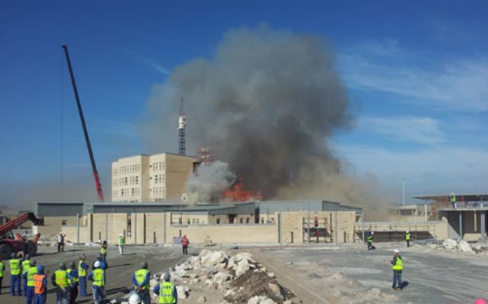 Mitchells Plein Hospital on fire. Picture: Lisa Shenton/iWitness