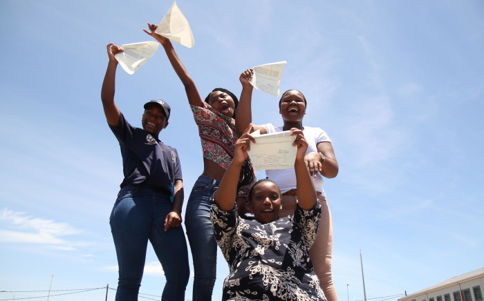 FILE: New Eisleben High School pupils celebrate after passing their 2017 matric exams. Picture: Bertram Malgas/EWN
