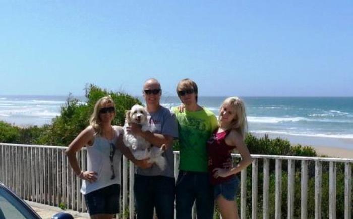 Daniel Janse van Rensburg and his family. Picture: Facebook.com.