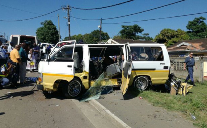 Four pupils have been killed in a collision in Ntuzuma, north of Durban. It's understood a minibus and a bus collided on 10 January 2017. Picture: @_ArriveAlive.