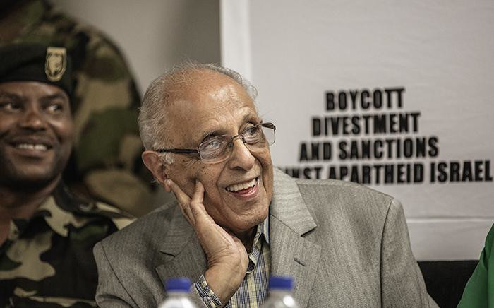 FILE: Ahmed Kathrada looks on as Palestinian Liberation Front veteran Leila Khaled (not in picture) speaks at a press conference upon her arrival at the O.R. Tambo international Airport on February 6, 2015 in Johannesburg. Picture: AFP
