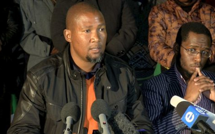 Mandla Mandela at a press conference held at his Mvezo residence. Picture: EWN