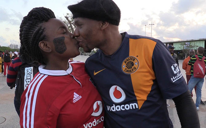 Despite Kaizer Chiefs grabbing the MTN8 title after beating Orlando Pirates, there was no anomosity between fans of both teams at the Moses Mabhida stadium in Durban on 20 September 2014. Picture: Vumani Mkhize/EWN