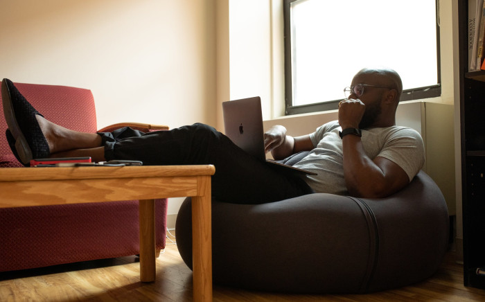 FILE: The IPSOS online survey asked respondents how the COVID-19 pandemic and lockdown had affected their work life. Picture: Pexels.