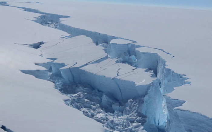 FILE: A rift in the Larsen C Ice Shelf, on the Antarctic Peninsula. Picture: AFP.