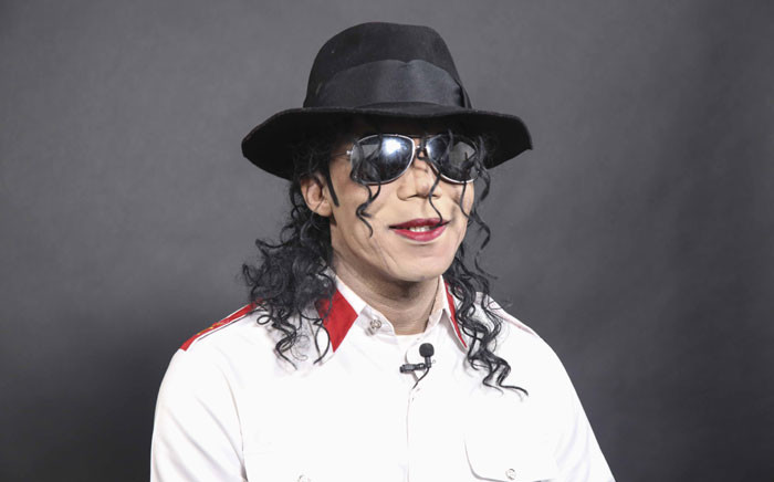 Michael Jackson impersonator Dantanio Goodman gets ready to perform at the Michael Jackson HIStory Show. Picture: Cindy Archillies/EWN