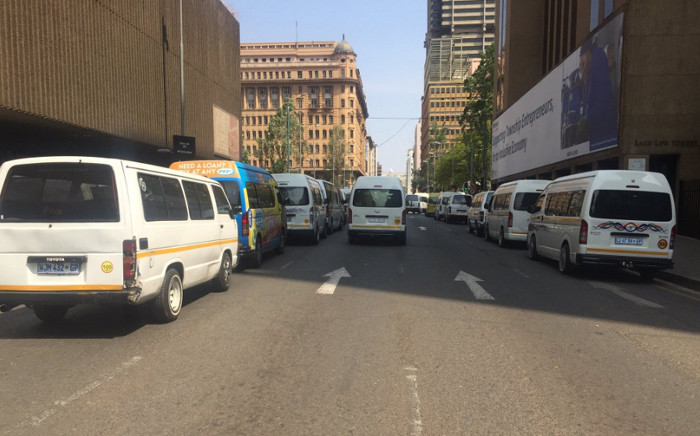 Several roads leading to the office of Premier David Makhura's have been blocked off by taxi drivers in the Joburg CBD. Picture: Kgothatso Mogale/EWN.