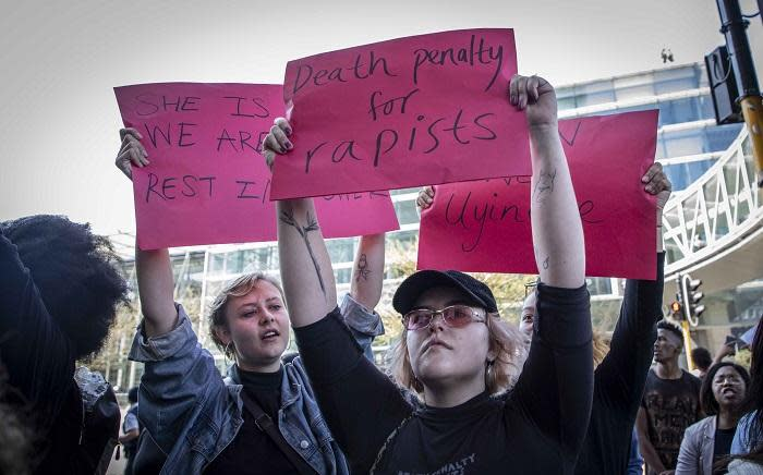 Protesters gathered outside the CTICC trying to disrupt World Economic Forum for Africa in Cape Town on 4 September 2019. The crowd protested against gender-based violence and called for President Cyril Ramaphosa to respond. Pictures: Abigail Javier/EWN
