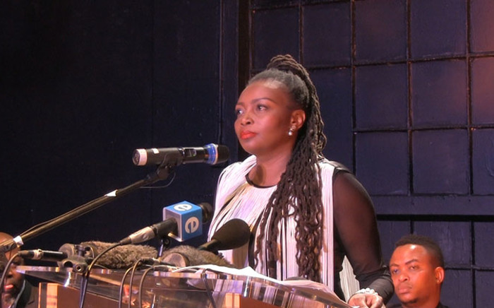 FILE: Fired 'Generations' actor Nambitha Mpumlwana addressing the media at a briefing on 26 August 2014 following the actors' dismissal from the television series. Picture: Reinart Toerien/EWN