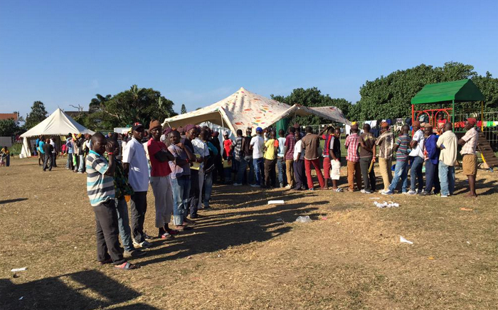 FILE: The lunch queue at a displacement camp where around 1,000 people are being housed following xenophobic attacks. Picture: Aletta Gardner/EWN.
