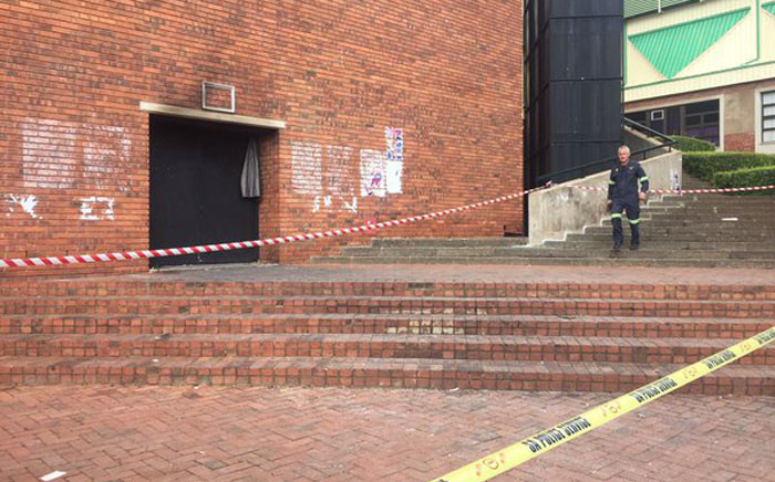 The outside of the Sanlam Auditorium at the University of Johannesburg. Picture: Gia Nicolaides/EWN.