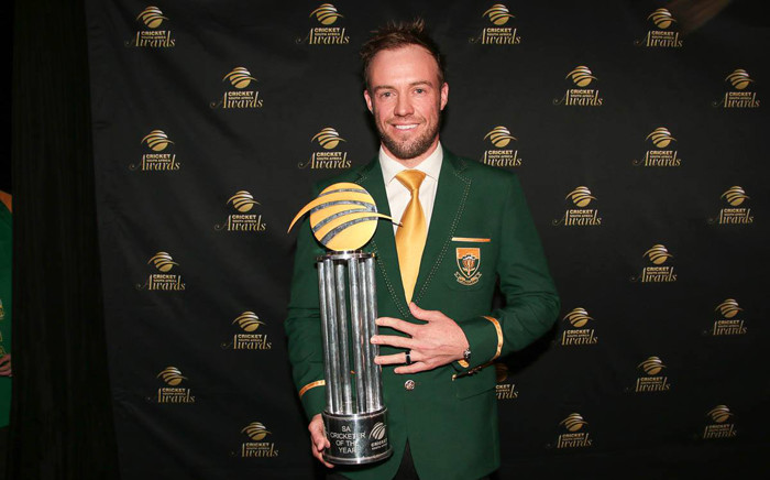 AB De Villiers was named South Africa's Cricketer of the Year for the second successive year at the Cricket South Africa Banquet dinner on 3 June 2015. Picture: official CSA Facebook page.
