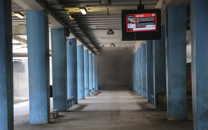 FILE: A platform at the Cape Town train station fills with smoke from a train fire. Picture: Cindy Archillies /EWN