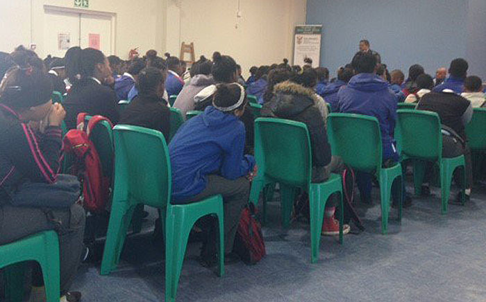 The Western Cape Education Department tried to quell tensions at the Uitsig Secondary School on 25 May 2016 after the school was declared structurally unsafe. Picture: Lauren Isaacs/EWN.