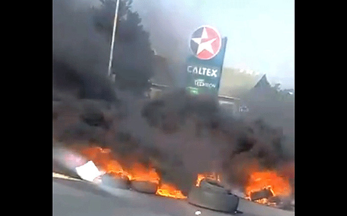 Violent protests broke out in several areas in Cape Town on 25 July 2020. Picture: Supplied.