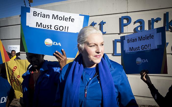 FILE: DA shadow minister of public enterprises Natasha Mazzone at a picket outside Eskom's Megawatt Park offices in Johannesburg on 15 May 2017 against the reappointment of the utility's CEO Brian Molefe. Picture: EWN.