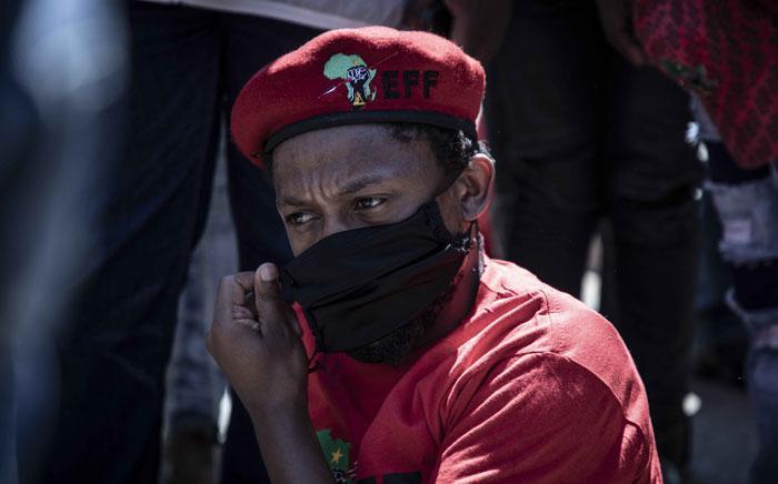 The EFF's Mbuyiseni Ndlozi outside the Senekal Magistrates Court on 16 October 2020. Picture: Abigail Javier/EWN