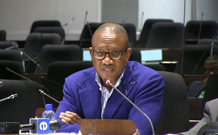 Former arms deal consultant and defence advisor, Fana Hlongwane, testified at the Seriti Commission of Inquiry on 11 December 2014. Picture: Reinart Toerien/EWN.