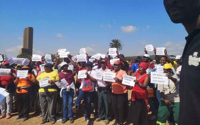 Protesters under the banner of Tshwane shut down headed to the Union Buildings on 29 April 2019. Residents are angry over the City of Tshwane's billing system and poor services. Picture: Edwin Ntshidi/EWN