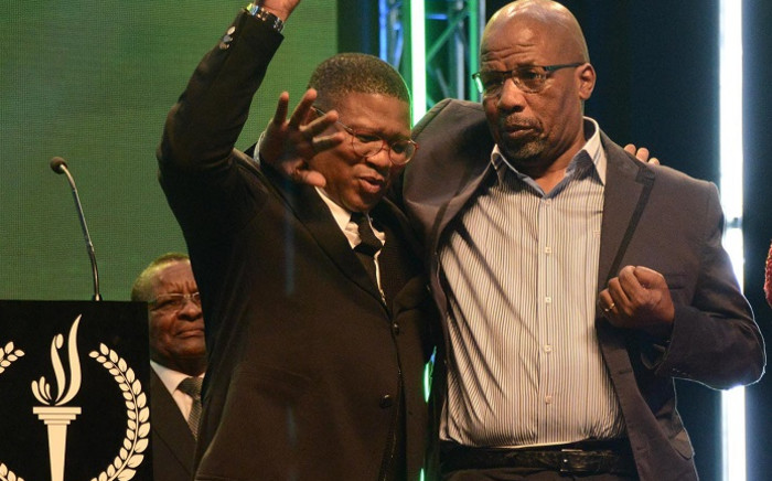 FILE: Late boxing legend Mzimasi Mnguni (right) with former Sports Minister Fikile Mbalula during an awards ceremony. Picture: Fikile Mbalula/Twitter