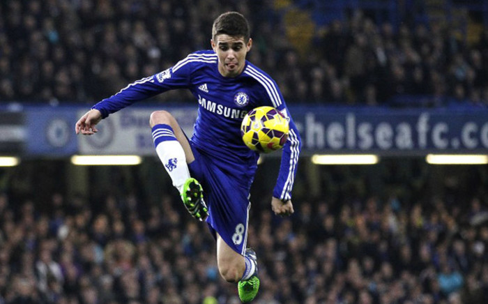 Chelsea's Brazilian midfielder Oscar controls the ball during the English Premier League football match between Chelsea and West Bromwich Albion at Stamford Bridge in London on November 22, 2014. Picture: AFP