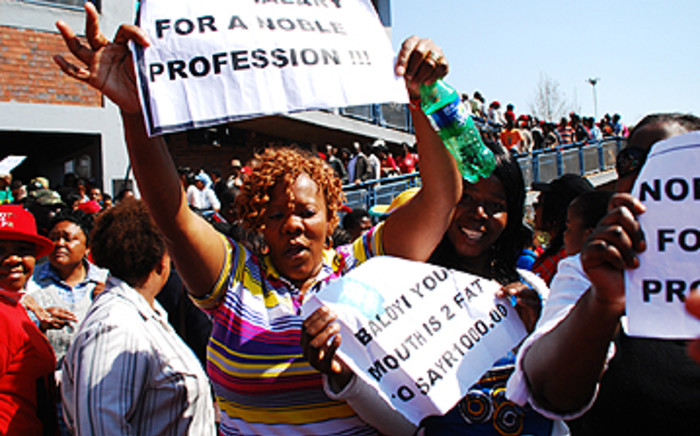 FILE PICTURE: Sadtu members take to the streets. Picture: EWN