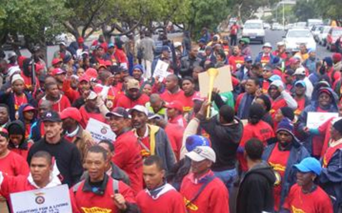 A permit allowing members of Satawu to again take to the streets was granted on Sunday.