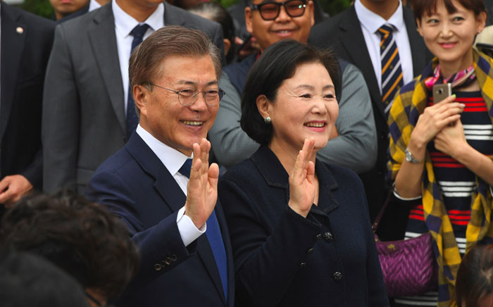 FILE: South Korean new president Moon Jae-In of the Democratic Party and his wife Kim Jeong-Sook. Picture: AFP.