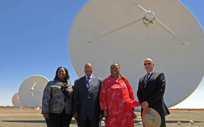 President Jacob Zuma visits the SKA sites in the Karoo. Picture: GCIS.