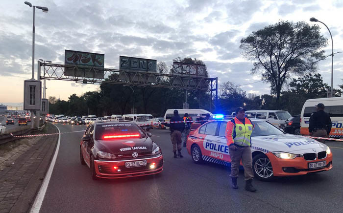 FILE: Metro police at the scene of a shooting on the M1 highway on Wednesday 18 April 2018. Picture: Twitter/@visiontactical