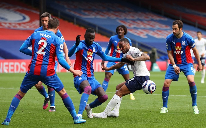 Manchester City's English midfielder Raheem Sterling (C) vies with Crystal Palace defenders during the English Premier League football match between Crystal Palace and Manchester City at Selhurst Park in south London on May 1, 2021. Picture: Catherine Ivill / POOL / AFP.