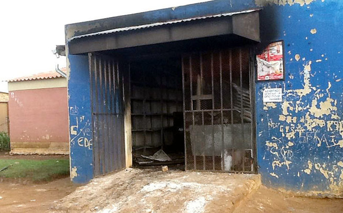 A foreign-owned shop in Soweto which was looted on 21 January 2015. Picture: Gia Nicolaides/EWN