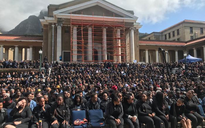 UCT kondig die agbare Mrwetyana-beurs vir vroue in geesteswetenskappe aan - EWN