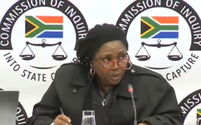 Zondo Enquiry het aan EWN gesê die staatsgreepgetuie het SA gevlug met vrees vir haar lewe