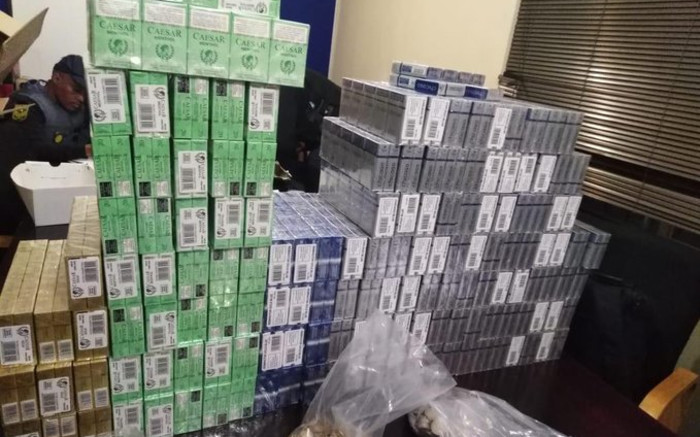 Paarl police make tobacco bust of products worth more than R1 million - EWN