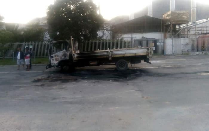 Vragmotor het in Houtbaai-protes opgeslaan - EWN