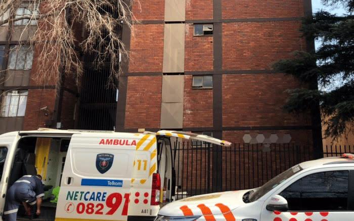 Pretoria man falls to his death while trying to escape fire - EWN