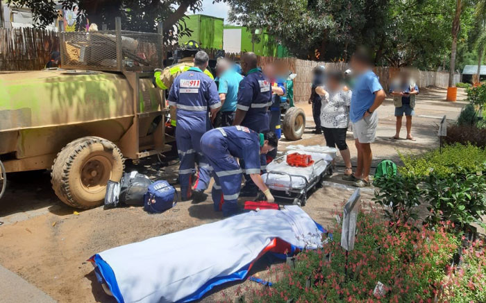 Pretoria woman injured after getting caught in tractor prop shaft - Eyewitness News