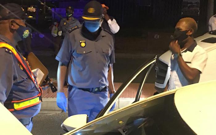 3 Gauteng restaurant managers arrested for selling liquor under level 3 lockdown - Eyewitness News