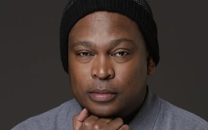 'Word gou gesond, broer': SA wens Robert Marawa spoedige herstel toe - EWN