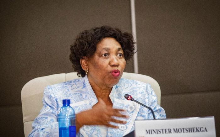 Lockdown period will determine when schools reopen - Motshekga - EWN