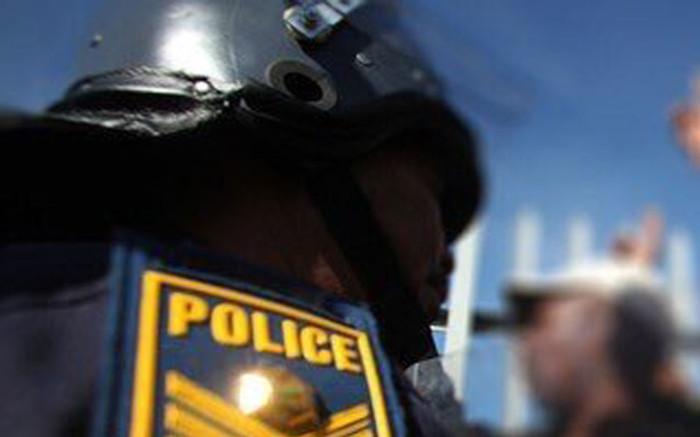 Heavy police presence in Muizenberg area after 3 people murdered - Eyewitness News