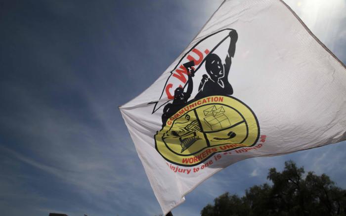 Cosatu sal voortgaan om werknemers te mobiliseer om by die afsluit van die banksektor aan te sluit - EWN