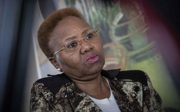 Zoeloe: Mandela was nie die enigste wat tot vryheid bygedra het nie - EWN