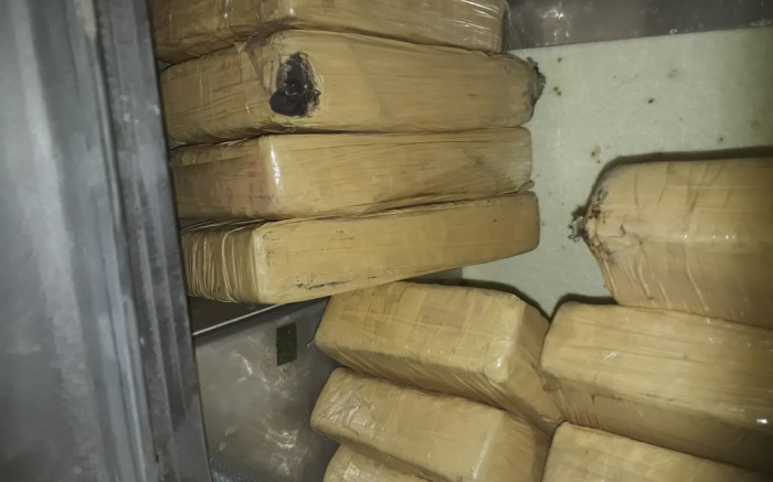 Hawks bust truck carrying about R30m worth of cocaine on N1 - EWN