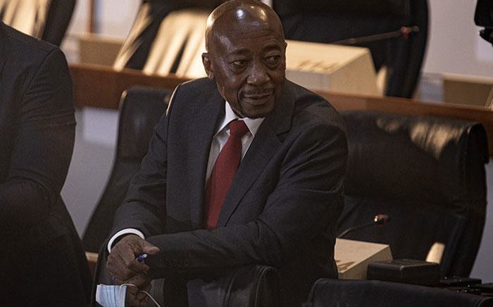Moyane accuses Gordhan of arrogance, racism in heated cross-examination - Eyewitness News