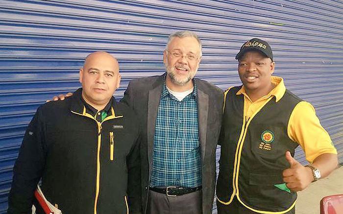 FILE: Ebrahim Rasool (centre) with WC ANC secretary Faiez Jacobs (left) and ANC regional leader in Cape Town Xolani Sotashe. Picture: @Xolani Sotashe/Twitter