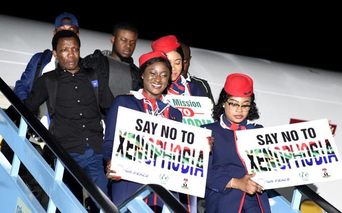 By die dokumentasieprobleme kan sommige Nigeriese burgers nie die SA - EWN verlaat nie